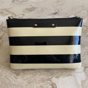 Kate Spade Zippered Pouch Wallet